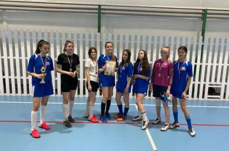Первенство МАУ «Спорт» по мини-футболу (девочки) в честь праздника «8 Марта»
